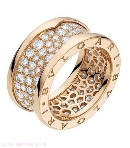 anillos de oro amarillo de lujo
