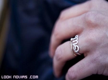 Anillos en oro y diamantes Dior