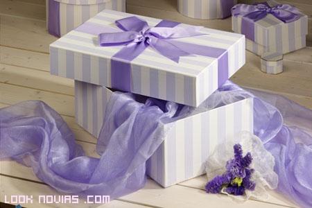 Caja de seda para guardar el vestido de novia