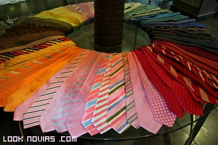 Corbatas lisas y estampadas
