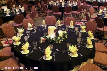 combinación colores para  mesa boda