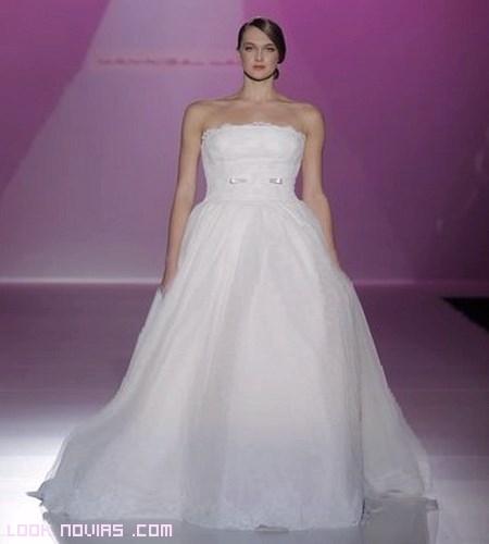 Lazos en vestidos de novia