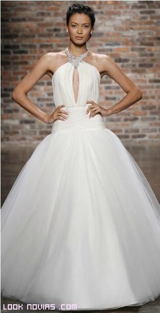 collares en vestidos de novia con escote