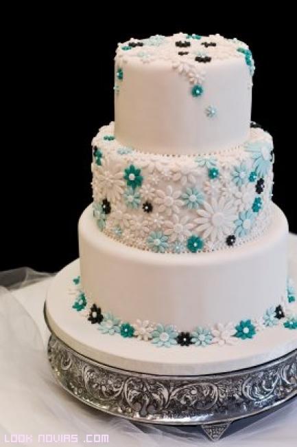 pasteles de boda decorados con fondant