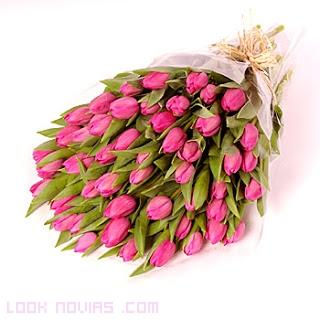 ramos románticos en rosa
