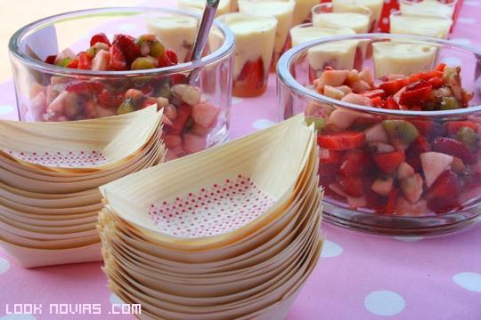 servir frutas en una boda