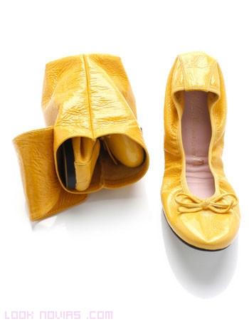 bailarinas en color amarillo