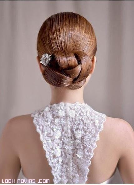 recogidos de novia elegantes