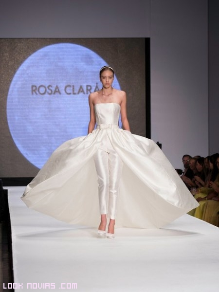 Falda pantalón para novias modernas