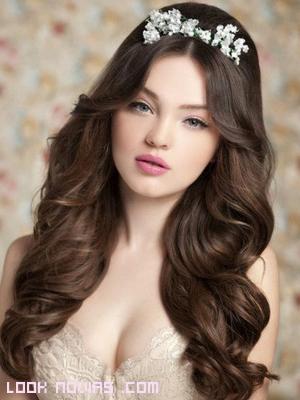 peinados con volumen para novias