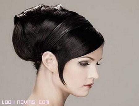 Peinados para novias románticas