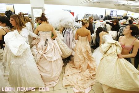 Pruebas de vestido de novia