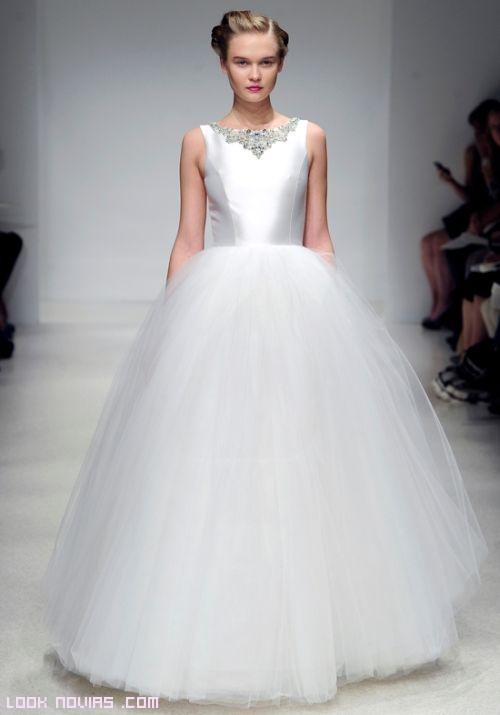 Vestidos de novia con falda de tul