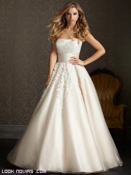 vestidos elegantes para novias
