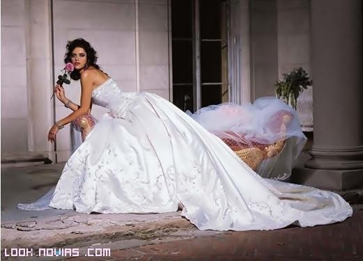 vestidos de novia llamativos