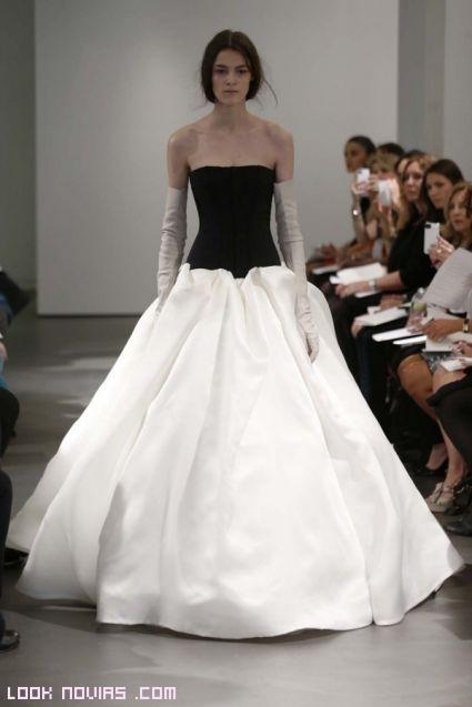 guantes blancos para novias