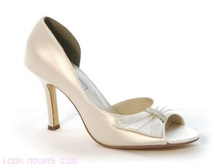 Zapatos de novia 2012