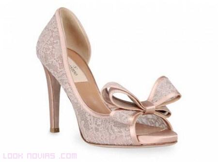 Zapatos con encaje de novia