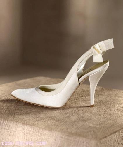 zapatos de raso para novias