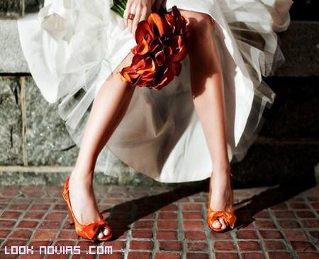 novias en colores de moda
