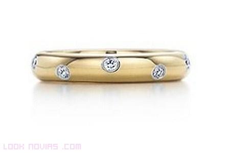 anillo con diamantes de tiffany