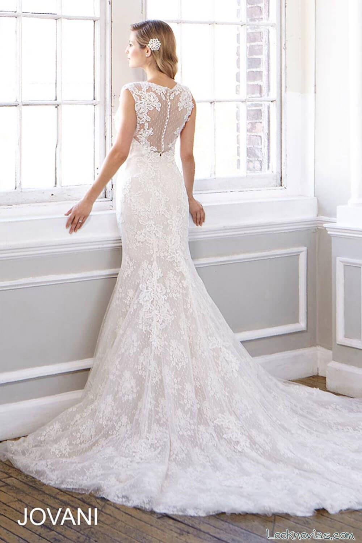 bordados para los escotes de las novias más modernas