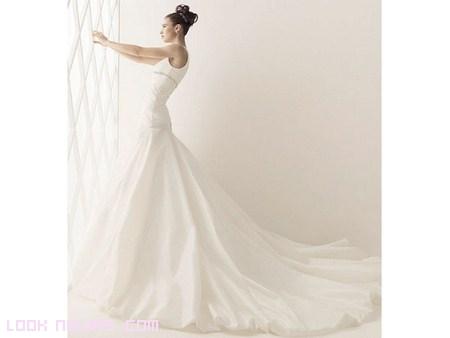 moda en vestidos de cola