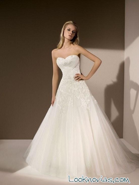 colección de novias románticas divina sposa
