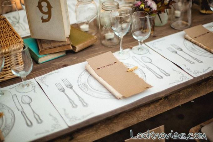 decoracion de mesa rustica con minuta