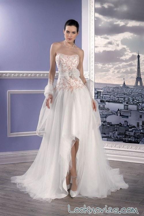 falda asimétrica novias en color