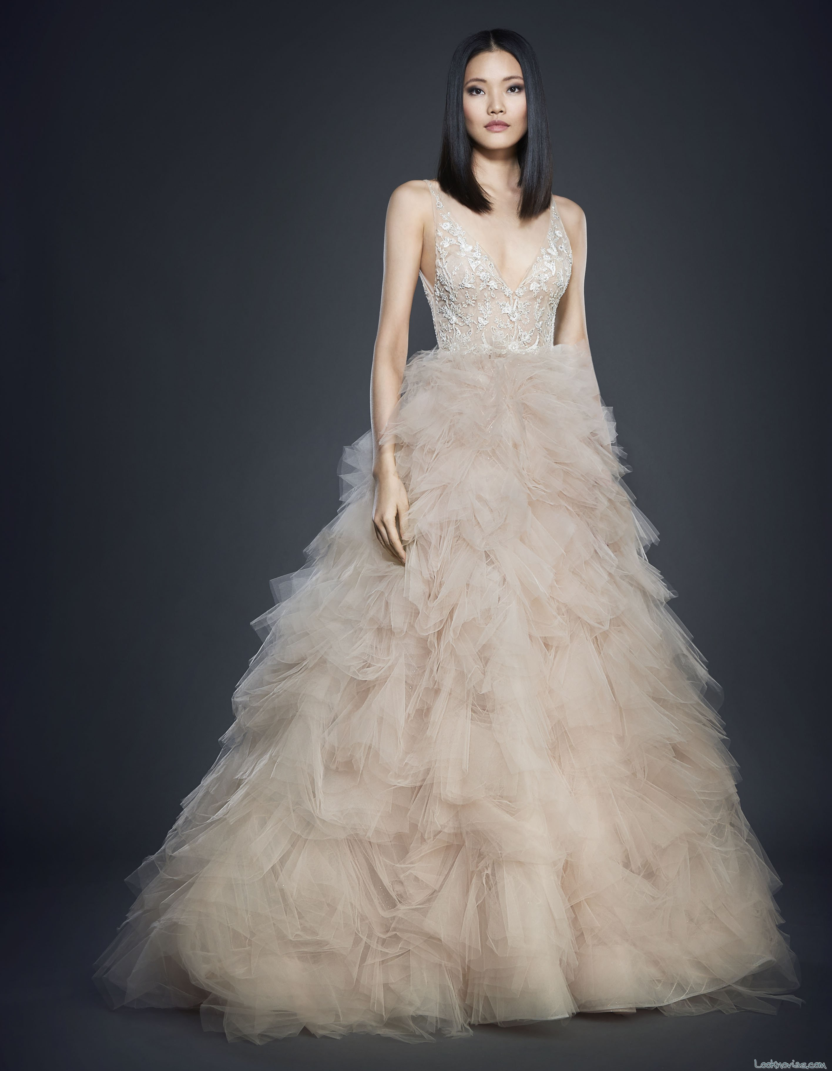 falda color novias lázaro