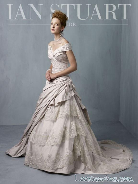 falda con doble capa para las novias