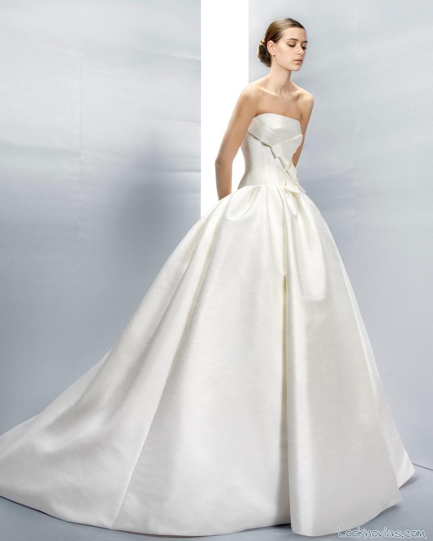 falda de novia con volumen por jesús peiró