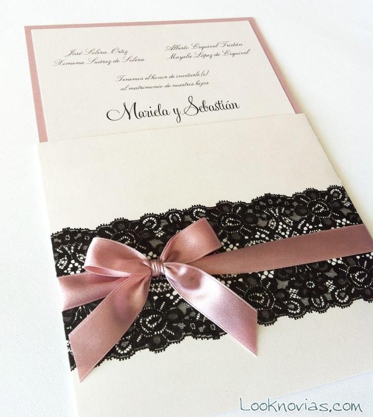 invitación con encaje en color negro