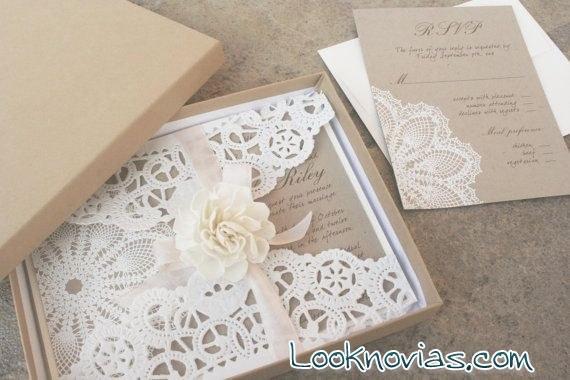 invitaciones de boda con tela encaje