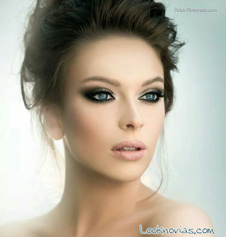 maquillaje de novia con smokey eyes