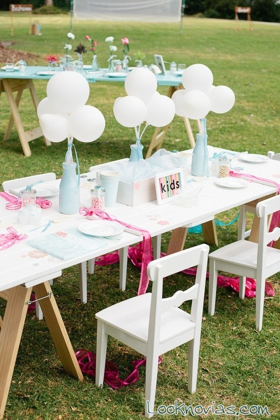 mesa de boda decorada para niños