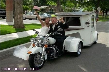 medios de transporte para bodas temáticas