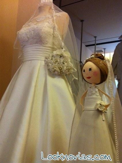 muñeca fofucha novia réplica vestido