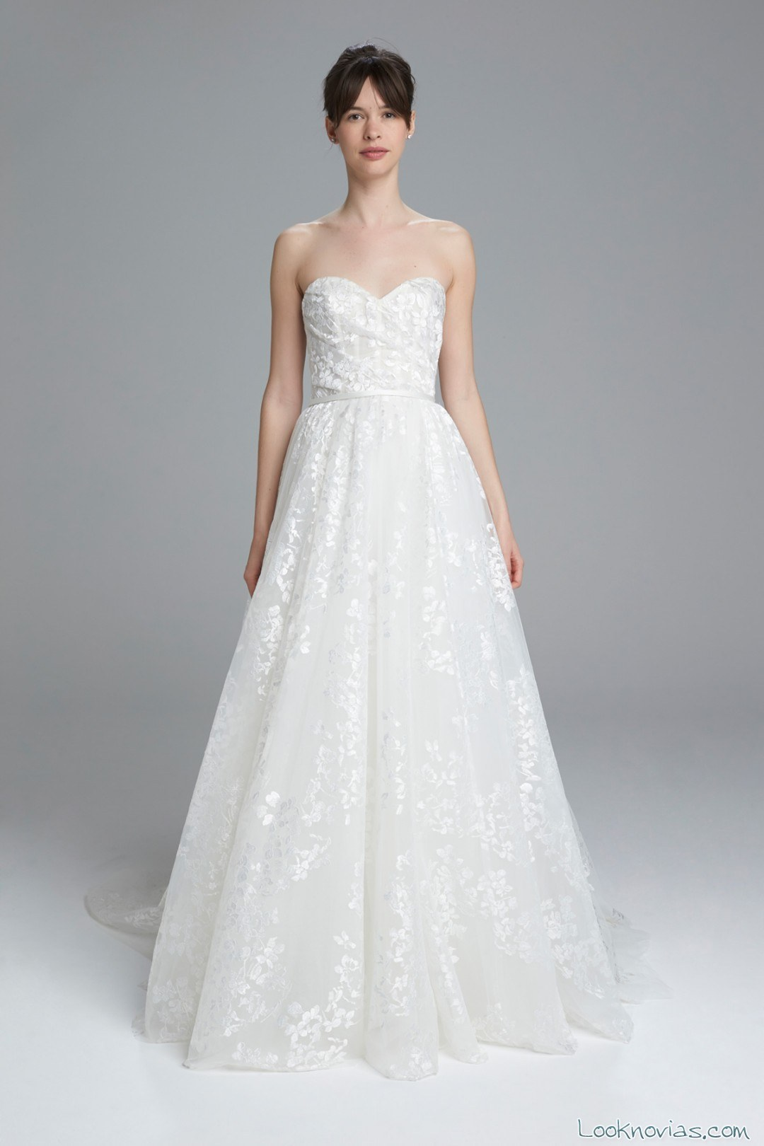 nuevo vestido amsale novias