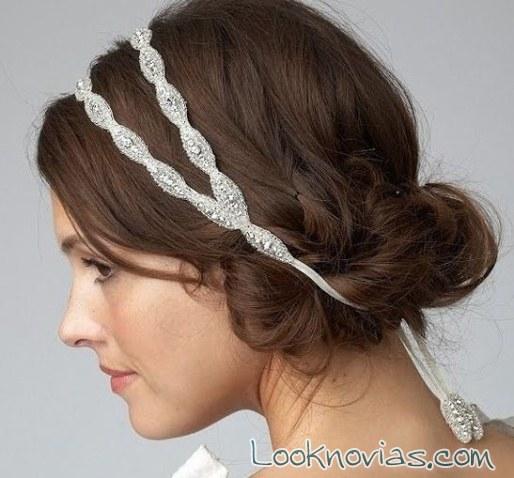 peinado de novia con diadema doble