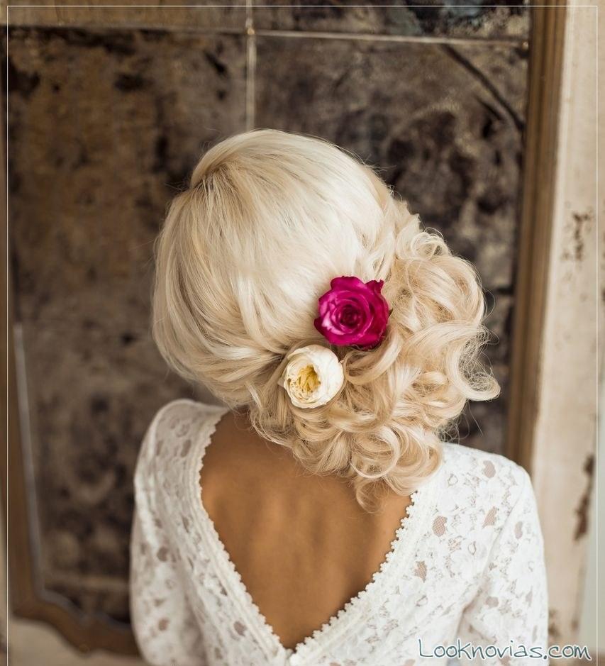 peinado lateral para novias