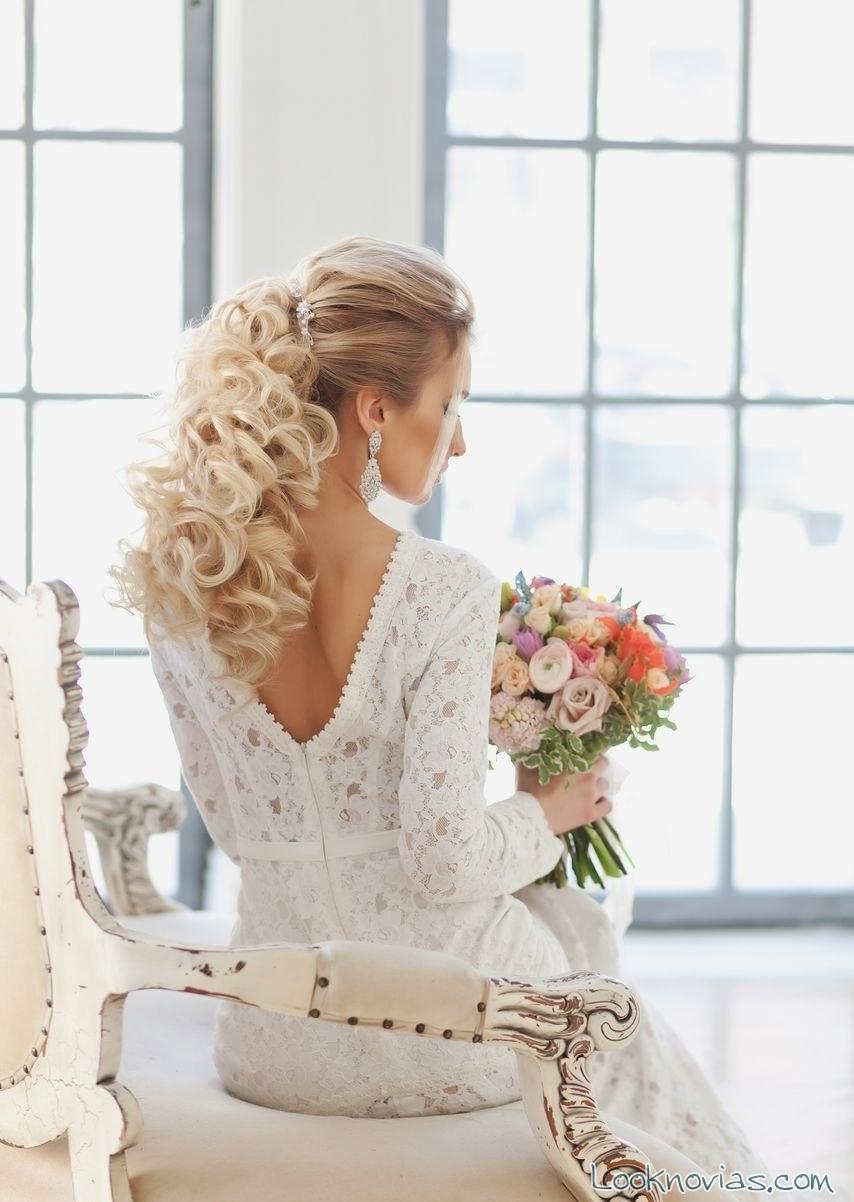 peinado para novias con coleta