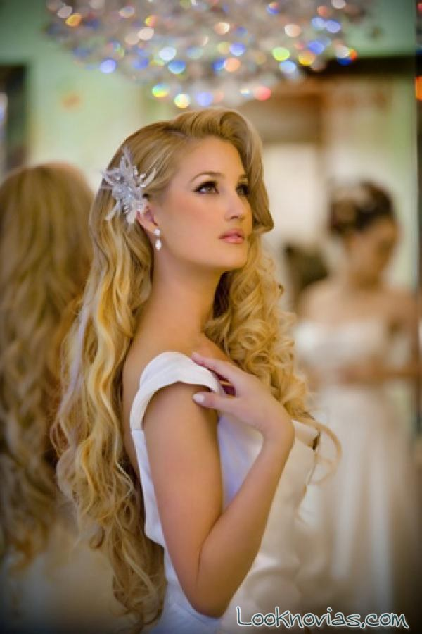 semi-recogido para novias con pelo largo