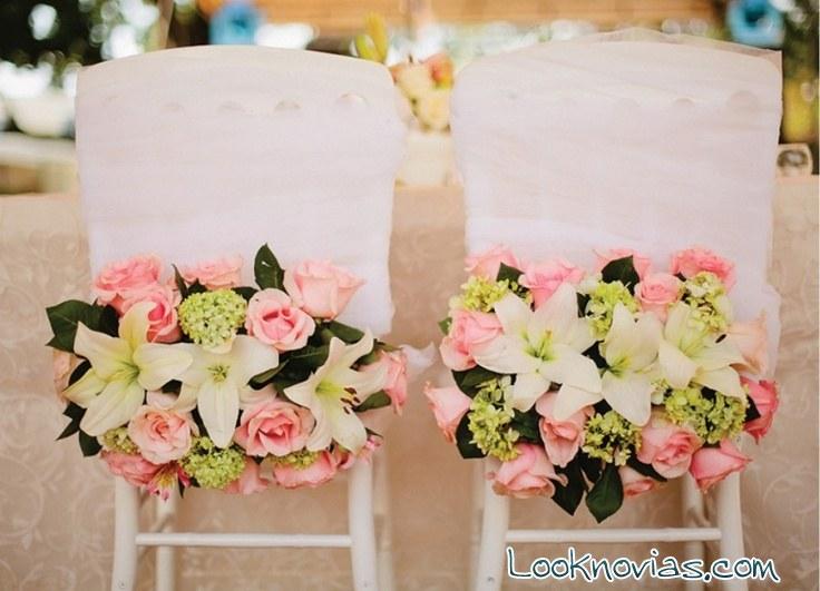 sillas de boda decoradas con rosas