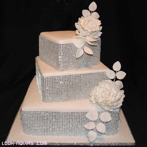tartas nupciales en color blanco