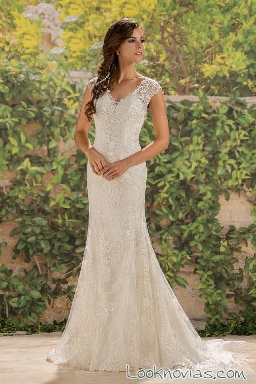tirantes anchos de encaje en vestido de novia