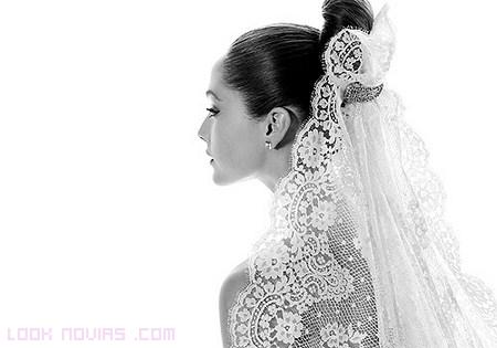 mantilla blanca para novias