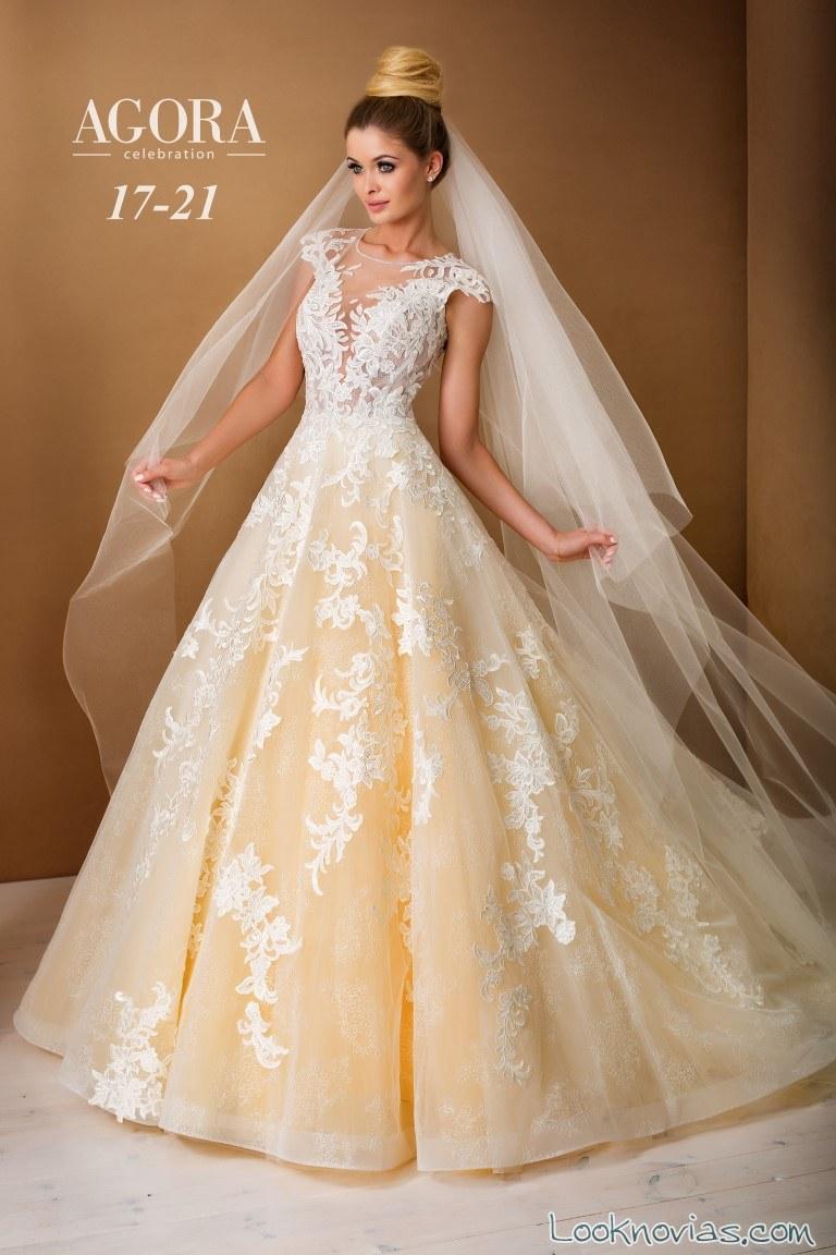 vestido amarillo intenso de novias
