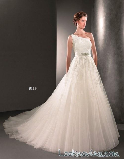 vestido asimétrico de lugo novias